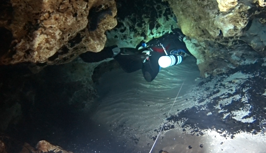 The Lips Bypass in Devil's Cave System – Ginnie Springs